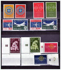 Timbres neufs des Pays-Bas et de ses anciennes colonies de 1950 à 1959