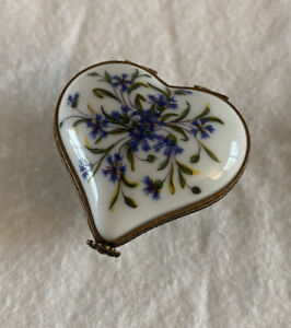 Ancienne Manufacture Limoges France Floral Heart Hinged Trinket Box