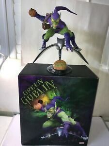 SIDESHOW  - Green Goblin - 1/4 Scale - PREMIUM Format - DISPLAYED READ