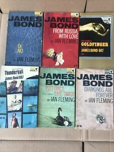 6 Vintage James Bond 007 Pan Books - Ian Fleming - Dr No,, Goldfinger.(Connery )