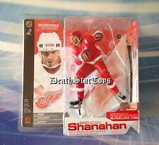 McFarlane NHL S4 Detroit Red Wings Brendan Shanahan Trilogo Chase Variant Jersey