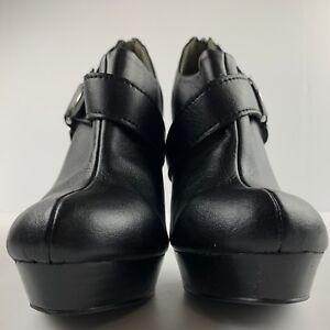 Colin Stuart Women 8.5 Black Leather Heel Booties Harness Zip Casual Career Shoe