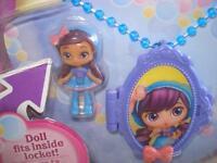 NEW Doll fits inside Locket Medaillon Little Charmers Posie Locket Medallion