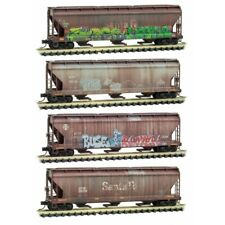 N Scale - MICRO-TRAINS LINE 993 05 550 SANTA FE 3-Bay Hopper Graffiti 4-Pack