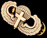 US Army Parachutist Cross Insignia Pin Airborne Chaplain Jump Wing Antique Badge