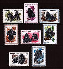 GORILLES Ensemble de 8 MNH timbres 1970 Rwanda #359-66