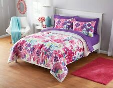 Twin/Twin-XL Bedding Set With Reversible Comforter Floral Watercolor