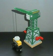 THOMAS THE TANK ENGINE BRIO WOODEN CRANKY THE CRANE SET WITH MAGNECTIC CARGO