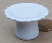 1:12 Scale 3.5cm Diameter White Ceramic Cake Stand Dolls House Accessory W52