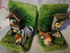 Gardening themed book ends