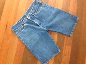 Mens Levi 508 denim jeans  shorts -size 34 - as new  condition