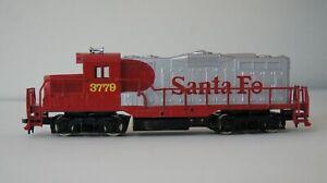 MODEL POWER HO GAUGE SANTA FE 6750-1 GP9 LOCOMOTIVE 3779 NIB