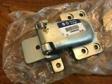 Ducato Boxer Relay 94-06 NEW GENUINE LH rear door lower hinge 1308099080 5G7