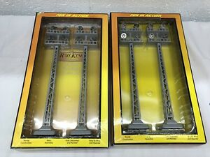 MTH RailKing 30-11039 O Scale Flood Light Tower Set