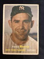 1957 Topps # 2 Yogi Berra HOF New York Yankees vintage