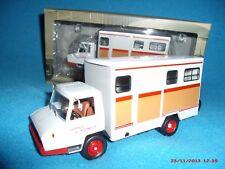 n° 95 BERLIET Stradair 50 Transport de Chevaux an. 1970 CAMIONS D'AUTREFOIS 1/43