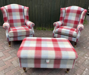 Stunning - 2x LAURA ASHLEY Chequered Wool-  Southwold Armchairs & Footstool