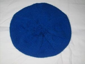 Girls Hand Knit Blue Beret - Age 9 to 10 - BNWOT