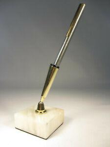 60er Jahre Schreibtisch Kugelschreiber Messing Stiftehalter mit Marmor Sockel