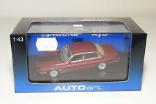 * AUTOART AUTO ART 53572 JAGUAR XJ8 RED METALLIC MAROON MINT BOXED RARE!!