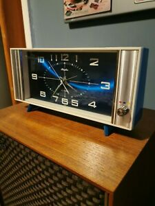 Vintage Rhythm Japanese Clock