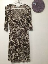 Ladies dress size 8 brown off white floral pattern D J Sammers 34