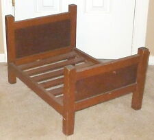 ANTIQUE~Incredible SOLID OAK MISSION STYLE SALESMAN'S SAMPLE BED or DOLL BED