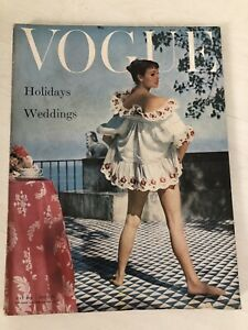 VOGUE Magazine 1955 May COMPLIMENTARY GIFT WRAP Fast Dispatch