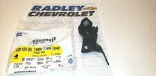 15827789 NEW GM OEM LEFT FRONT BUMPER INNER BRACKET CHEVROLET HHR B51