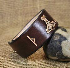 Wikinger Armband Leder braun Thorshammer mit Rune geprägt verstellbar 3cm groß