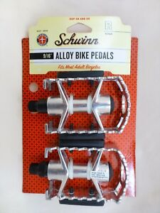 New Pair Schwinn Universal Alloy Bicycle Bike Pedals Set 9/16-Inch Steel Spindle