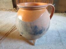 Ancienne cruche 2 anses sur 3 trépieds en terre cuite french antique pottery