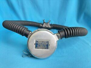 """Aqua-Lung DA """"aqua-master"""" u.s. divers co. 2 Stage Regulator Vintage Scuba Dive"""