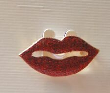 Sparkling Lip Shaped Pin / Brooch / Gold-tone Set / Pink or Red / Novelty Pin
