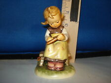 Hummel Busy Student German Porcelain 4 inches #367 Cab 2