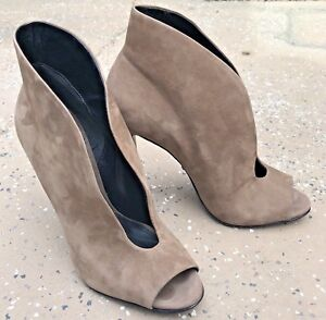 SCHUTZ Suede Taupe Brown Peep Toe Split Ankle Open PUMPS Heels Shoes Womens 8.5