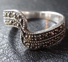 vintage solid SILVER & MARCASITE wave band dress ring size 8 -C114