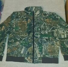 Cabela's for kids Boys size large Seclusion 3D camo jacket with pockets
