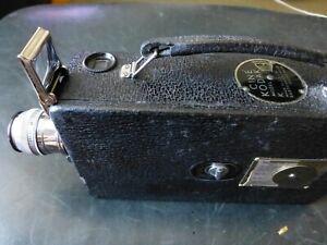 working Cine Kodak model K 16mm movie camera with booklets, & case