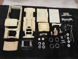 AMT 1960 Ford F100 Pickup Partial Kit BUILTUP 1360 Stripped