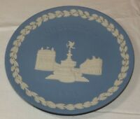 Wedgewood Collector Plate Christmas 1971 Made in England GH blue off white ~