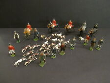 W.BRITAINS The Fox Hunting 5 Horsemen + 10 Followers + Hound of 21 Dogs (23)