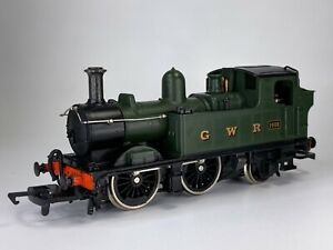 GMR AIRFIX MODEL RAILWAYS 00 GAUGE GREAT WESTERN 0-4-2 1466 GREEN LIVERY LOCO