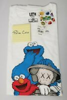 UNIQLO KAWS X SESAME STREET GRAPHIC T-SHIRT ELMO & COOKIE MONSTER WHITE XXL