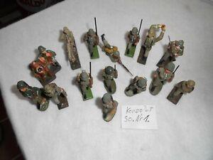 Konvolut 15 alte  Elastolin Massesoldaten zu 7.5cm . So.Nr.1.