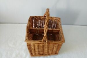 4 bottle wicker basket with handle
