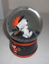 SGA 8/15/2016 SF GIANTS Peanuts Snoopy Snowglobe Snow Globe new in box