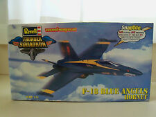 REVELL F-18 BLUE ANGELS HORNET SNAPTITE 1/72 MODEL KIT (SEALED)
