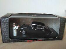 Preciosa miniatura Rio 1:43 Citroën DS 19 Prestige de 1958 del Papa Juan XXIII.