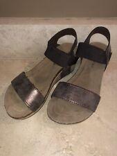 Pierre Dumas Kids Girls Brown Loop Heel Wedge Sandal, Size 1